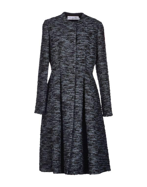 青灰色 DIOR 大衣