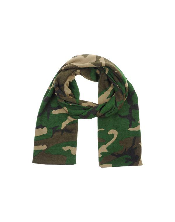 军绿色 CARHARTT 围巾