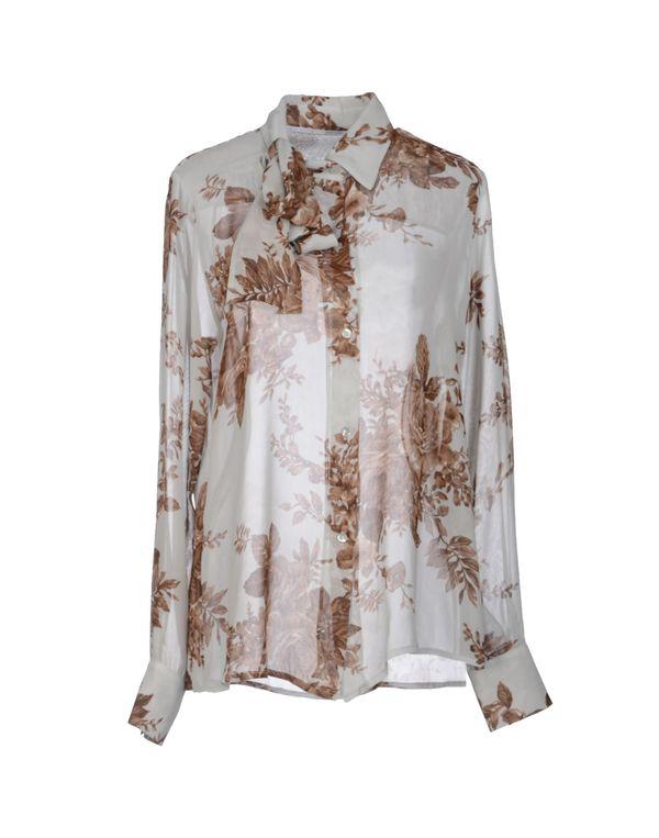 淡灰色 LAVINIATURRA Shirt