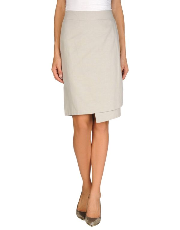 淡灰色 MANILA GRACE 及膝半裙