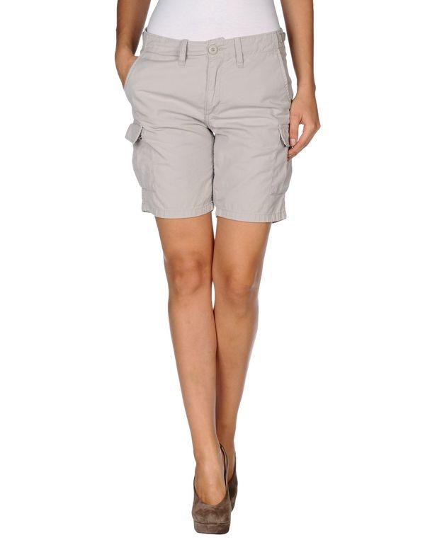 淡灰色 CARHARTT 百慕达短裤