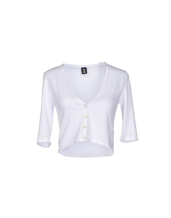 白色 1 ONE 短套衫