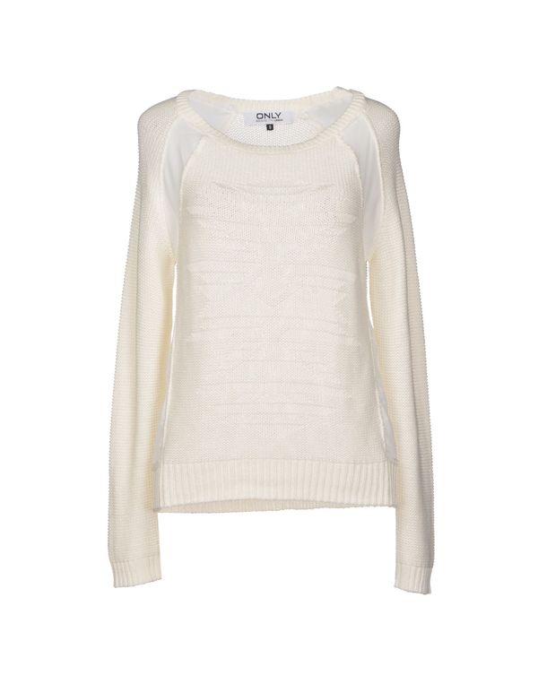 白色 ONLY 套衫