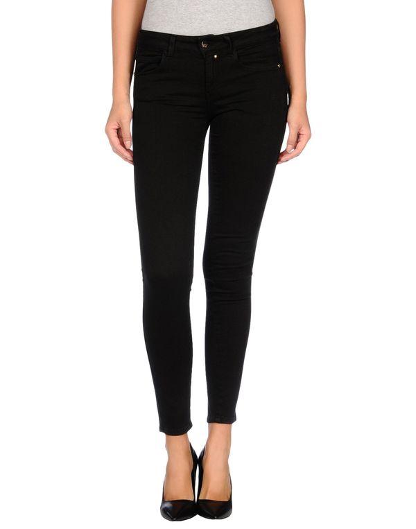 黑色 KAOS 牛仔裤