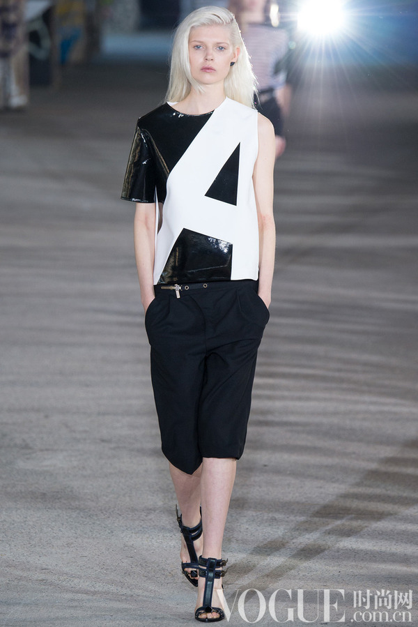 Anthony Vaccarello2015春夏时装秀