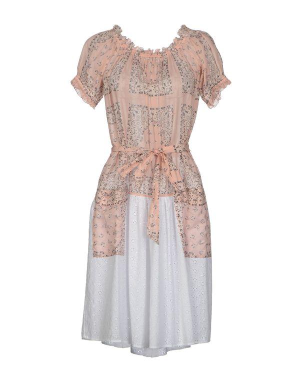 粉红色 D&G 及膝连衣裙