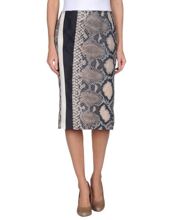 灰色 PRADA 半长裙