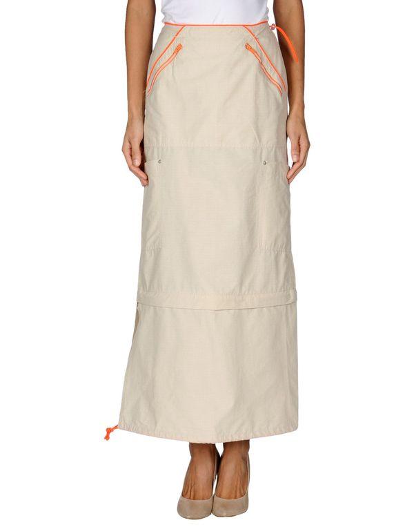 米色 GUESS 长裙
