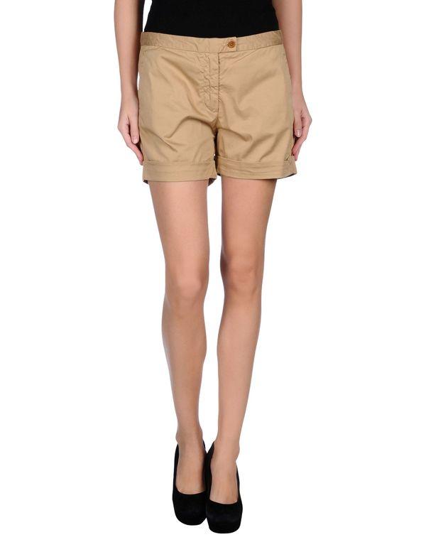 沙色 WOOLRICH 短裤