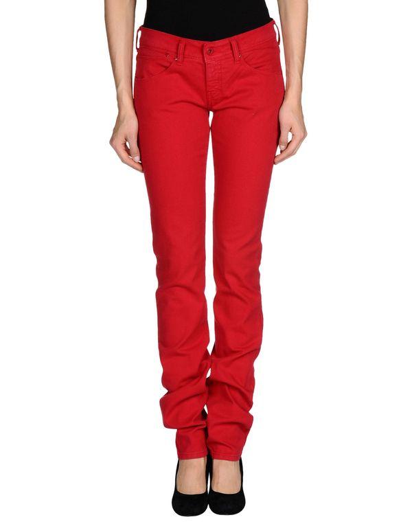 红色 ARMANI JEANS 牛仔裤