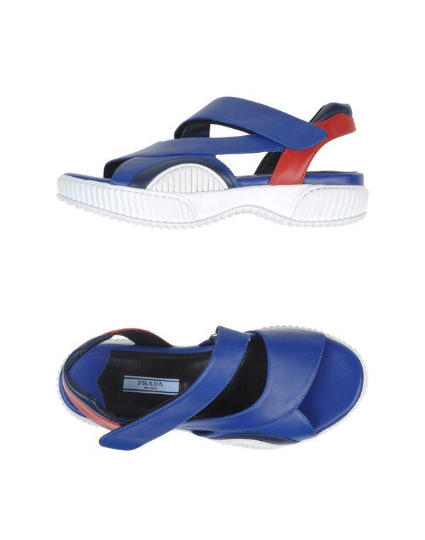 蓝色 PRADA 凉鞋