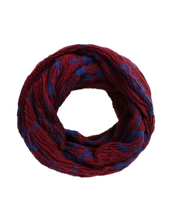 波尔多红 ESPRIT 围巾