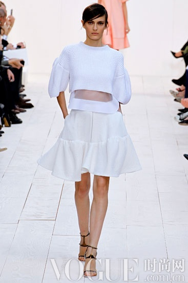 2013春夏款型趋势:多样伞裙