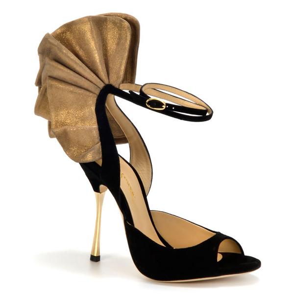8款鞋包新品感受层叠之美