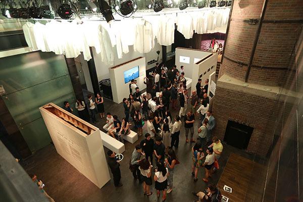 高级衬衫品牌PYE「派」携手北京尤伦斯当代艺术中心 举办《编织故事,传情「派」意》展览