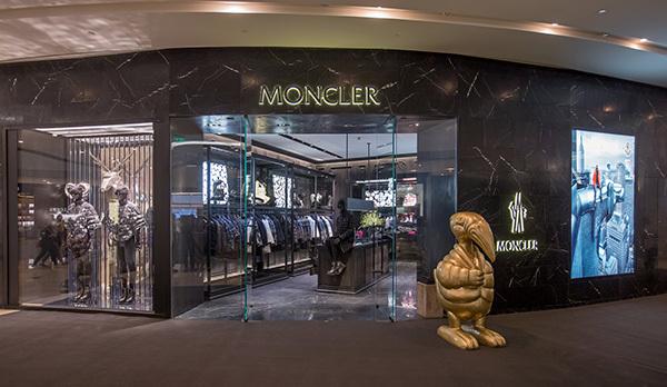 盟可睐 MONCLER 成都国际金融中心专卖店盛大开幕