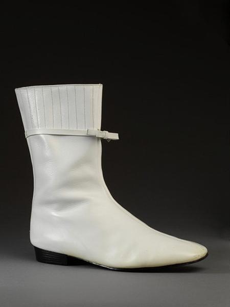 永恒的经典:Go-go靴的再生情缘