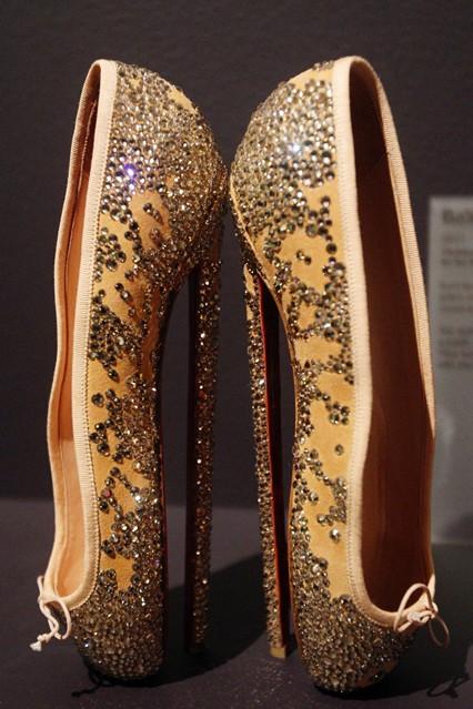 """""""此鞋只应天上有"""" 20双经典传奇女鞋"""