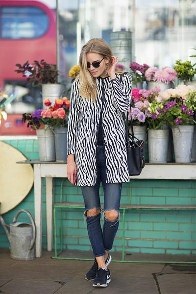 女人味、时髦感和优雅调 运动鞋统统能做到