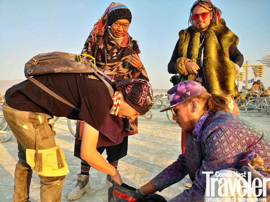 皇包车潘飞:环球旅行家,更是纯粹的生活家