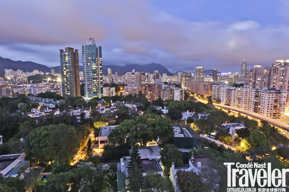 時光流轉,這片香港豪宅卻讓時間停在半個世紀前