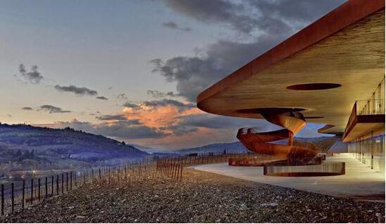 科技创新先行 安东尼世家新经典坎蒂酒庄新建筑备受关注