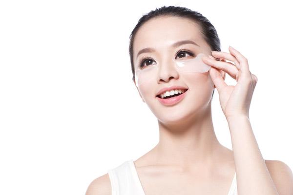 缺觉眼睛没神?高科技眼霜&微整形帮你提亮双眸