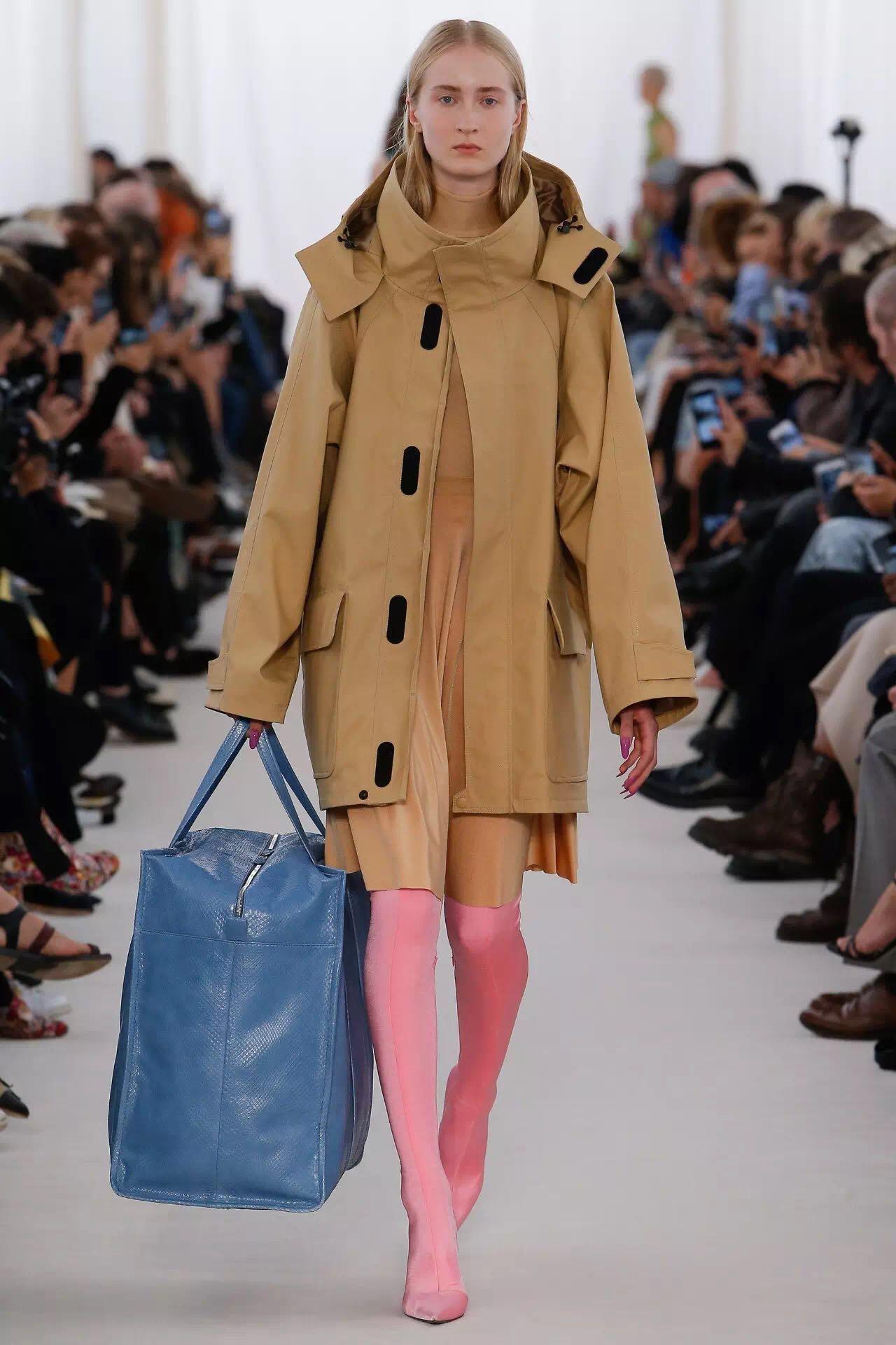 巴黎时装周上的新潮流是这些!为时尚先锋指点一二(图6)