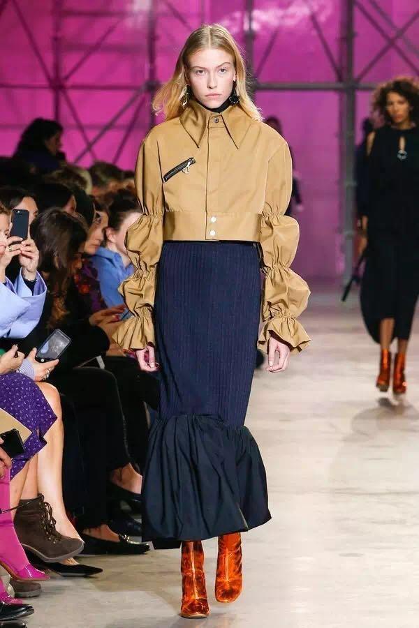 巴黎时装周上的新潮流是这些!为时尚先锋指点一二(图10)