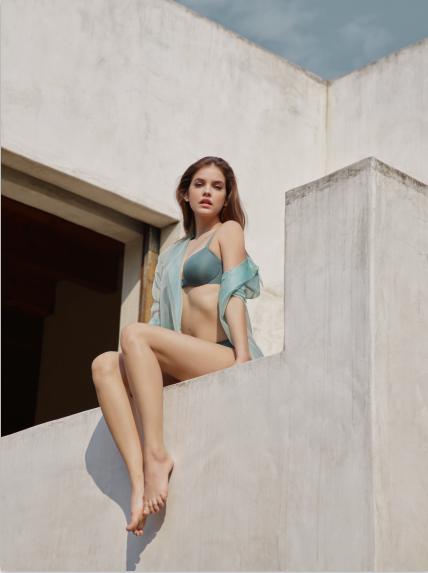 2018内衣品牌aimu_爱慕2018发布会带你与超模芭芭拉