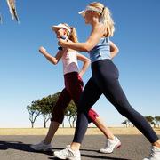 健身太枯燥?你可以和你的闺蜜一起运动