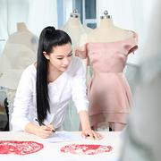 致敬中国剪纸艺术 LANYU兰玉巴黎发布2016秋冬高定系列
