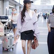 张天爱穿搭HOGAN 经典款H222奢潮运动鞋亮相机场