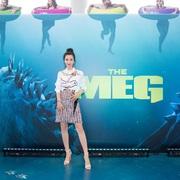 李冰冰身穿MARNI 2018早秋系列于洛杉矶出席《巨齿鲨》全球记者会