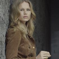 德国模特ANNA EWERS将成为MANGO 2015年新宠