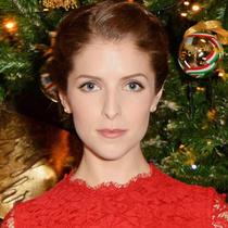 DOLCE&GABBANA为伦敦CLARIDGE'S酒店圣诞树揭幕