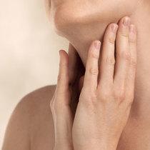 美颈攻略 7招帮你预防顽固颈纹