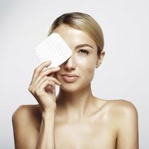 DIY荷荷巴油眼部卸妆水 比你用过的所有卸妆水都好用