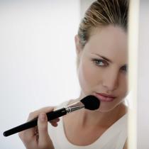 用腮红减龄10岁 可是你真的用对化妆刷了吗?