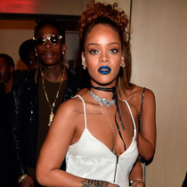 Rihanna的3款新唇色绝对出乎意料