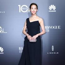 张钧甯现身VOGUE十周年盛典