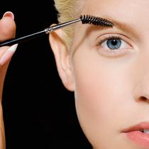 眉笔、眉粉和眉胶,到底该用哪个?