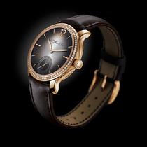 勇創者小秒針鑲鉆腕表:真正女性化的機械機芯-特色工藝