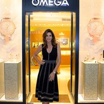 欧米茄携手辛迪•克劳馥于哥伦比亚荣耀发布全新海马系列AQUA TERRA女士腕表