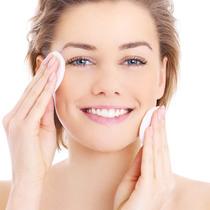 根据肤质挑选化妆水