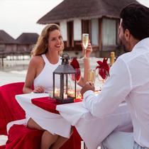 马尔代夫的浪漫 Club Med伴爱侣与家庭共享