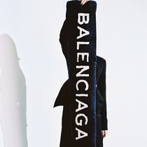 遇见《TRANSLATION》摄影展,发现新BALENCIAGA