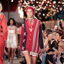TOMMY HILFIGER呈现#TOMMYNOW时装秀于纽约时装周