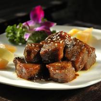 在北京最迷人的季节去胡同里觅食