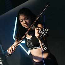CALVIN KLEIN PERFORMANCE + DAYBREAKER  共同举办香港晨间健身及舞蹈派对